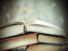 Books Heart Mood Hd Photo Backgrounds