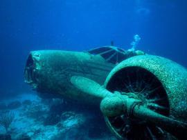 Falling Plane Underwater Hd Presentation Backgrounds