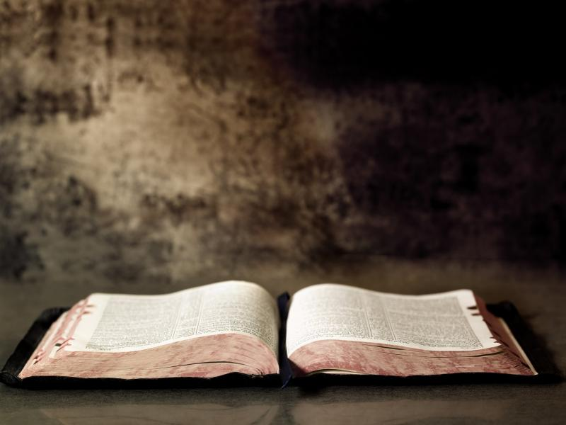 old open bible photo backgrounds for powerpoint templates