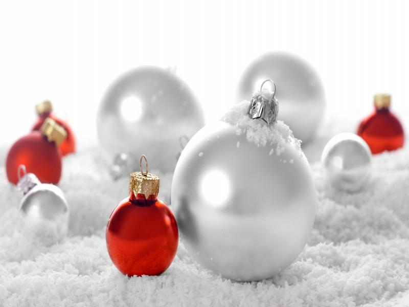 Red Christmas Ornament Snow White Backgrounds