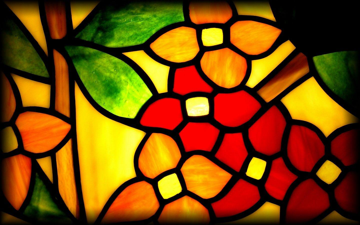 Yellow Red and Green Stained Glass PPT Backgrounds
